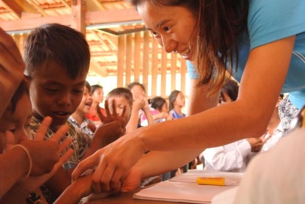 Flo Pang, volunteering in Cambodia